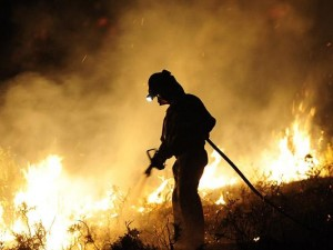 Night-fireman-hose_1448556i