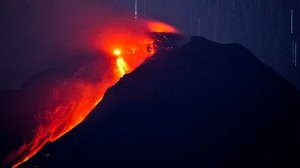 050168-volcano-erupts-20-000-flee-homes
