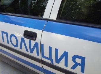 полицейска-кола12