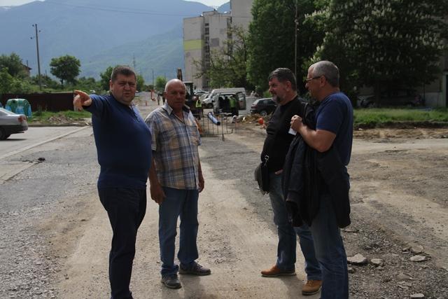 4-мата обсъдиха маршрута на градския транспорт в квартала.