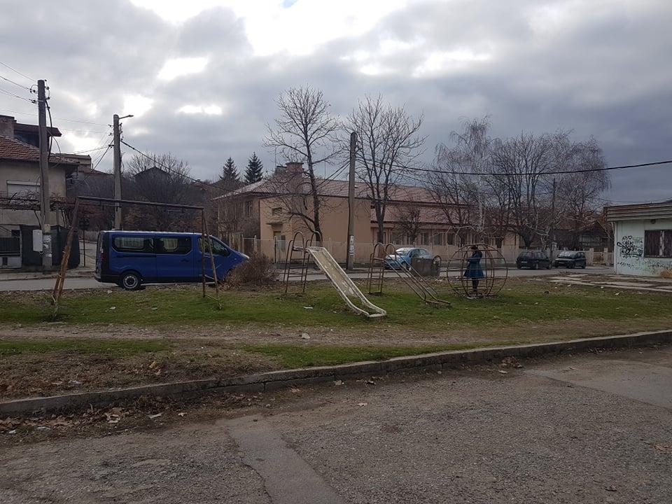 Детската площадка на ул. Фенерка