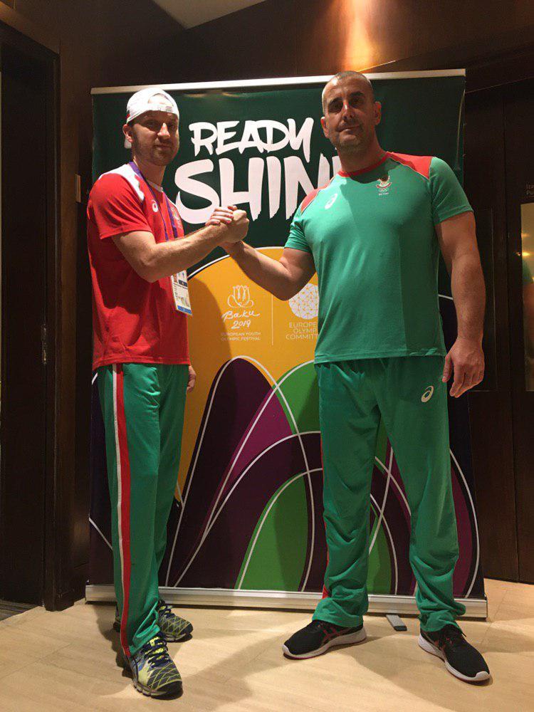 Атанас Върбанов (вляво) и Симеон Иванов са вече в Баку.
